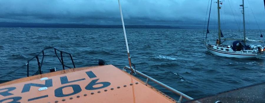 Early morning rescue of yachtsman off the Hoylake coast