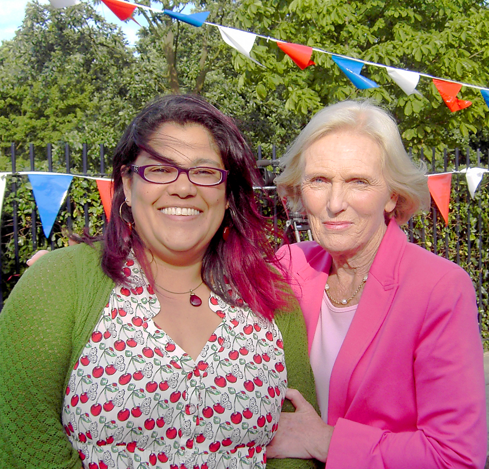 Yasmin with Mary Berry during her Great British Bake Off experience
