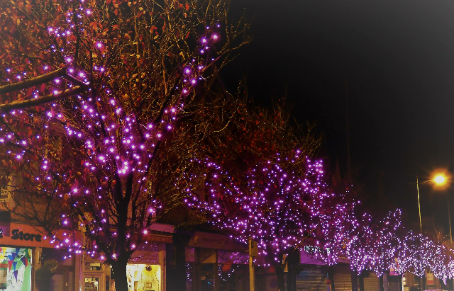 Hoylake will be pretty in pink this Christmas