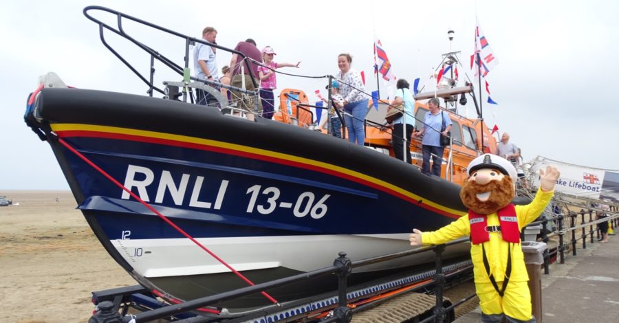 Royal honour for RNLI fundraiser