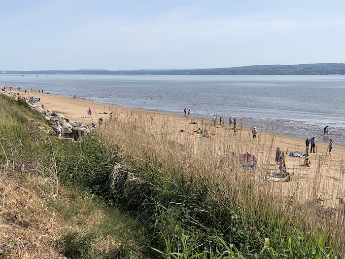 Beachgoers flock to Cubbins Green
