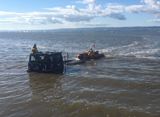 West Kirby RNLI responds to reports of stranded swimmers
