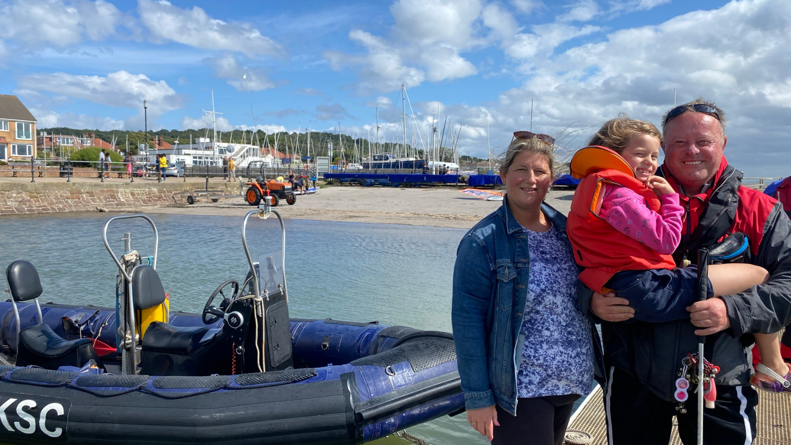 Dave Kelly - first blind man to pass powerboat course in UK